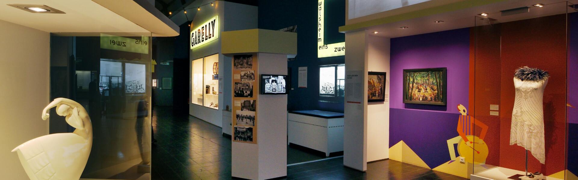 Ausstellung im Nachtmodus © Historisches Museum Saar, Thomas Roessler