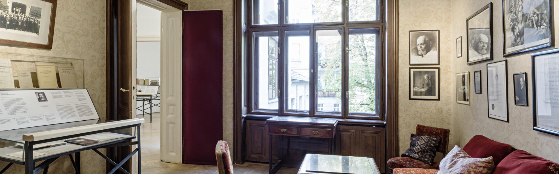 Wartezimmer Von Freuds Praxis © Hertha Hurnaus/Sigmund Freud Privatstiftung